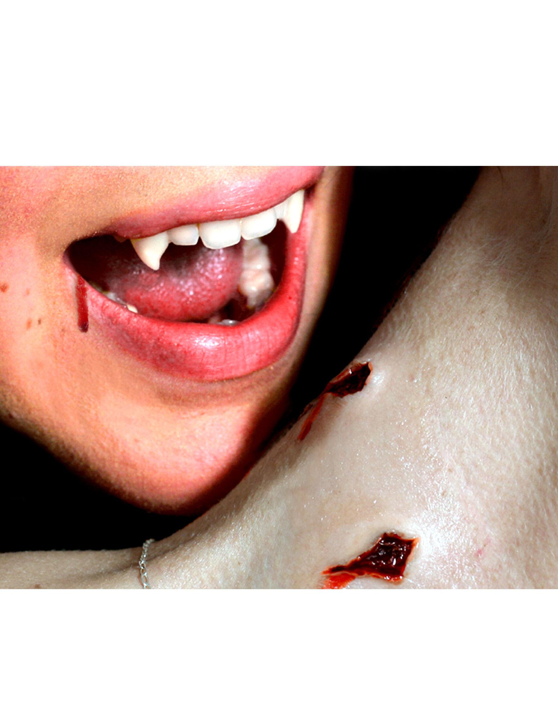 Vegaoo.es Heridas mordisco vampiro aplicación con agua