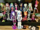 Basic Monster High Dolls Draculaura Lagoona Ghoulia Yelps Clawdeen new condition